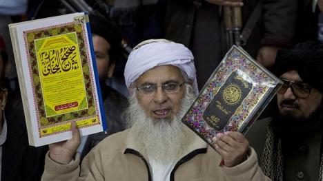 Maulana Abdul Aziz - Source: AP/B.K. Bangash